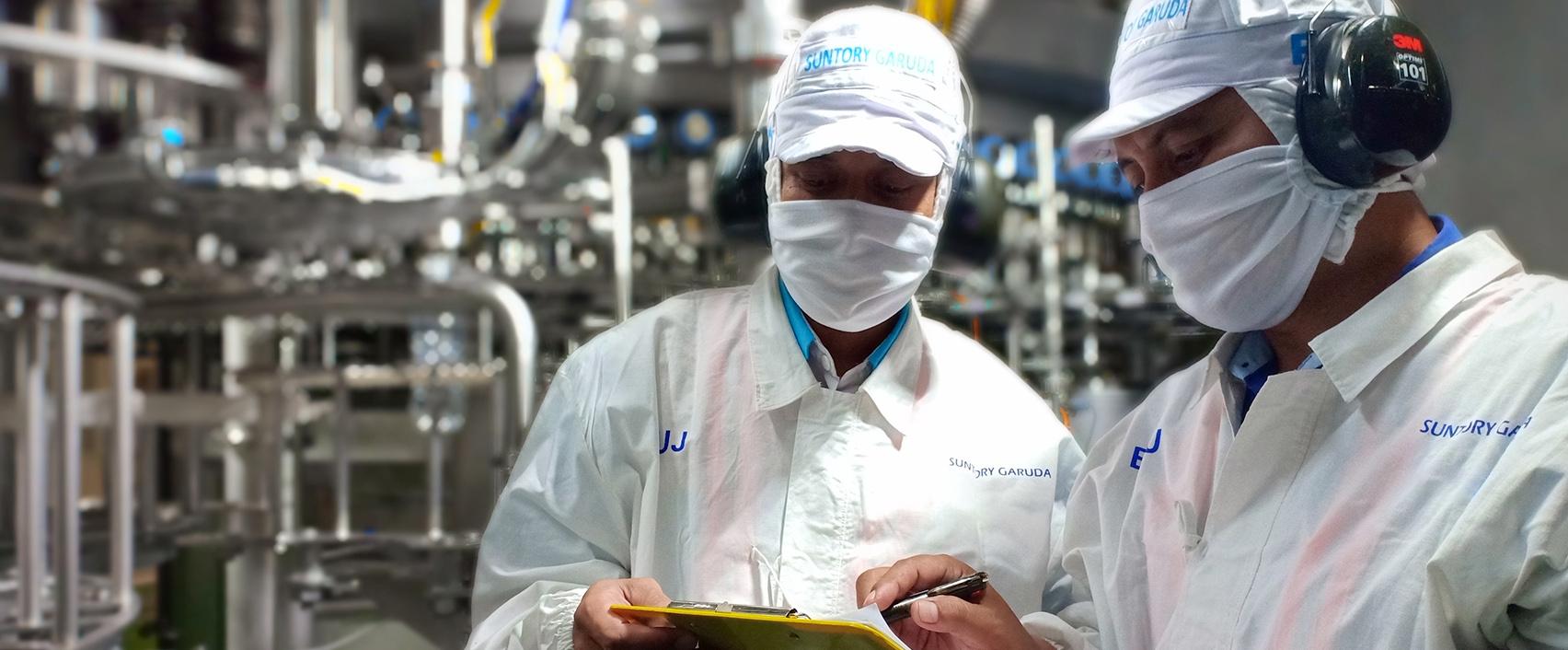 Suntory Garuda menerapkan Good Manufacturing Practices
